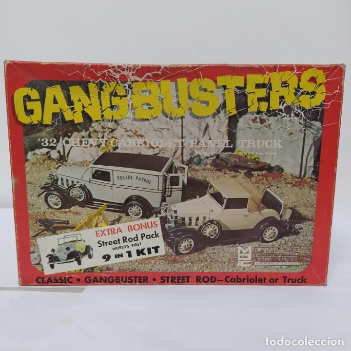 GANGBUSTERS 32 CHEVY CABRIOLET/PANEL TRUCK 1/25 AIRFIX/MPC. AÑO 1965. SIN MONTAR, NUEVO. (Juguetes - Modelismo y Radiocontrol - Maquetas - Coches y Motos)