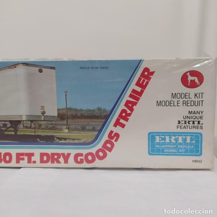 Maquetas: Great Dane 40 ft. Dry Goods trailer ERTL 1/25. Precintado sin abrir - Foto 5 - 286417213