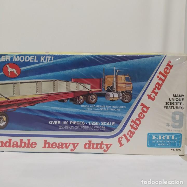 Maquetas: Great Dane extendable heavy duty Flatbed trailer ERTL 1/25. Precintado sin abrir - Foto 3 - 286417188
