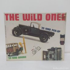Maquetas: THE WILD ONES 29 FORD PICK-UP & FORD WOODIE 1/25 MPC. NUEVO Y. Lote 219214455