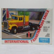 Maquetas: INTERNATIONAL TRANSTAR 4300 EAGLE ERTL 1/25. CAJA PRECINTADA. Lote 219316190