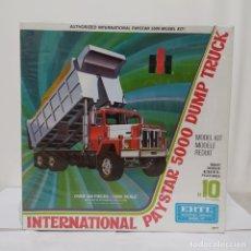 Maquetas: INTERNATIONAL PAYSTAR 5000 DUMP TRUCK ERTL 1/25. CAJA PRECINTADA. Lote 219316702