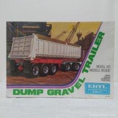 Maquetas: DUMP GRAVEL TRAILERR ERTL 1/25. CAJA PRECINTADA. Lote 219322263