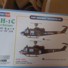 Maquetas: HOBBY BOSS 1/48 UH-1C. Lote 220195917