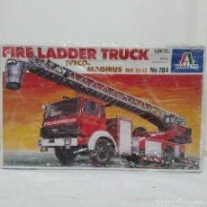 Maquetas: FIRE LADDER TRUCK IVECO MAGIRUS DIK 23 12 ITALERI 1/24. NUEVO Y COMPLETO.. Lote 220396842