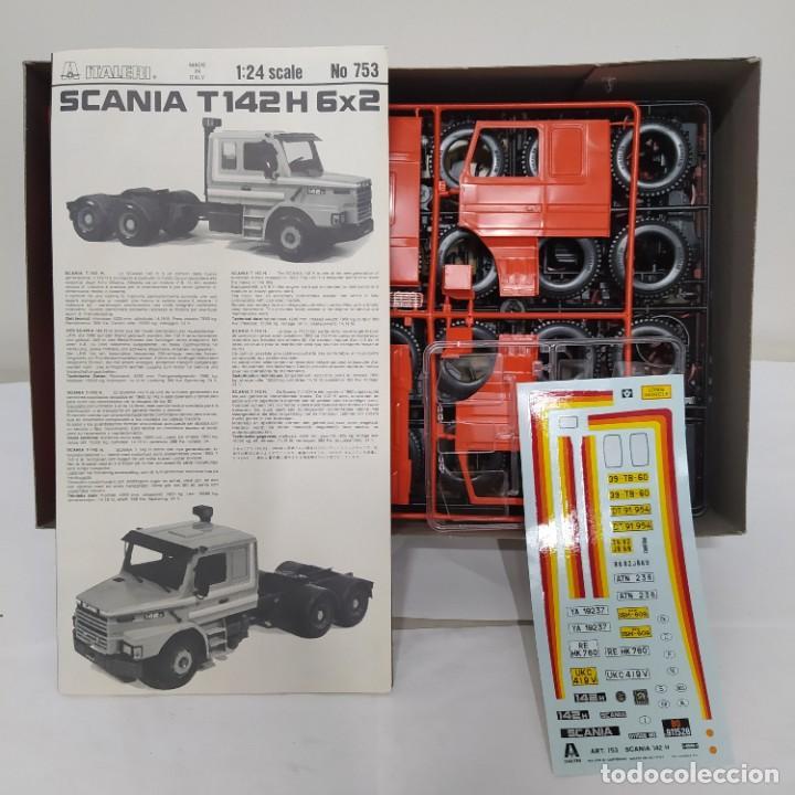 Maquetas: Scania 142 H italeri 1/24. Nuevo y completo. - Foto 2 - 220398205