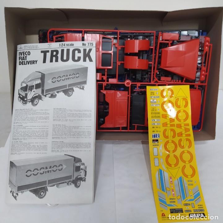Maquetas: Iveco Fiat delivery truck italeri 1/24. Nuevo y completo. - Foto 2 - 220402426
