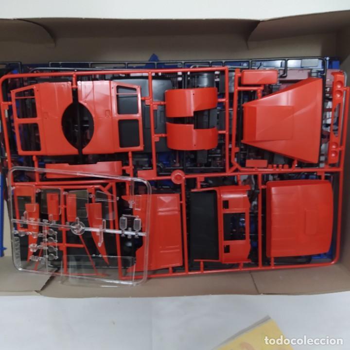 Maquetas: Iveco Fiat delivery truck italeri 1/24. Nuevo y completo. - Foto 4 - 220402426