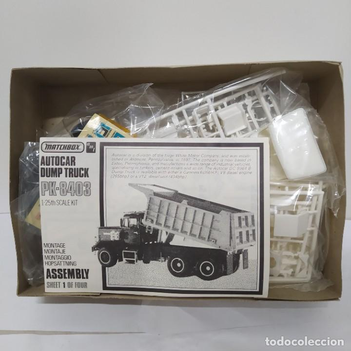 Maquetas: Autocar Dump truck 1/25 AMT/ Matchbox. Nuevo y completo. - Foto 2 - 286690378