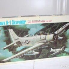 Maquetas: U.S NAVY A-1 SKYRAIDER REVELL. NUEVO Y COMPLETO. Lote 221099893
