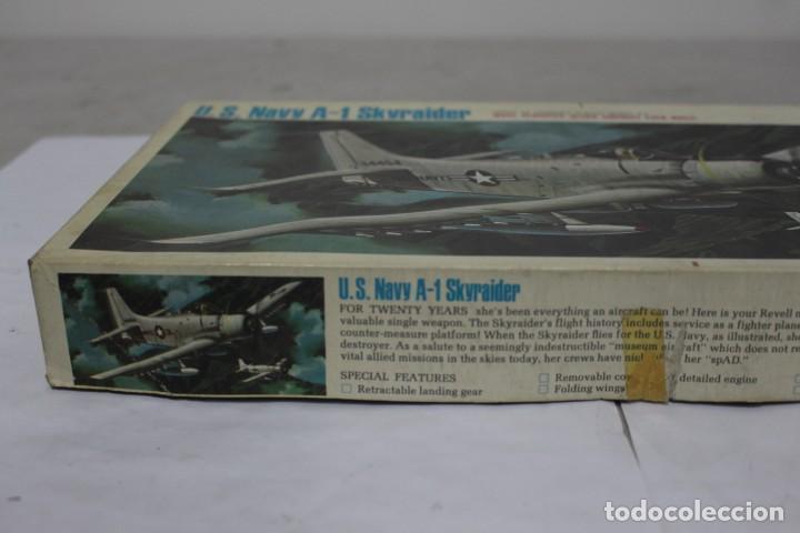 Maquetas: U.S NAVY A-1 SKYRAIDER Revell. Nuevo y completo - Foto 3 - 221099893