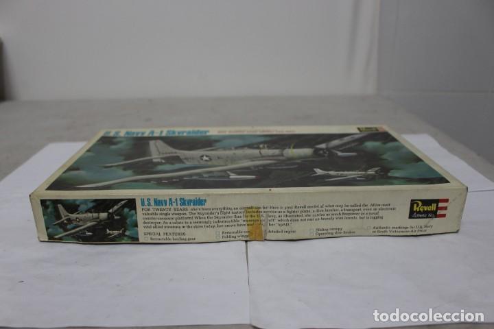 Maquetas: U.S NAVY A-1 SKYRAIDER Revell. Nuevo y completo - Foto 4 - 221099893