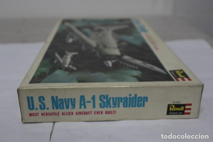 Maquetas: U.S NAVY A-1 SKYRAIDER Revell. Nuevo y completo - Foto 5 - 221099893