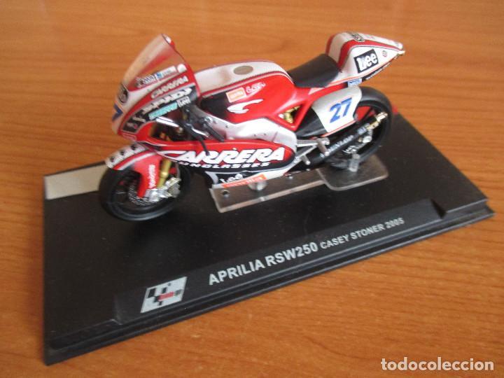 ALTAYA: MOTO GP - APRILIA RSW250 ( CASEY STONER 2005 ) (Juguetes - Modelismo y Radiocontrol - Maquetas - Coches y Motos)