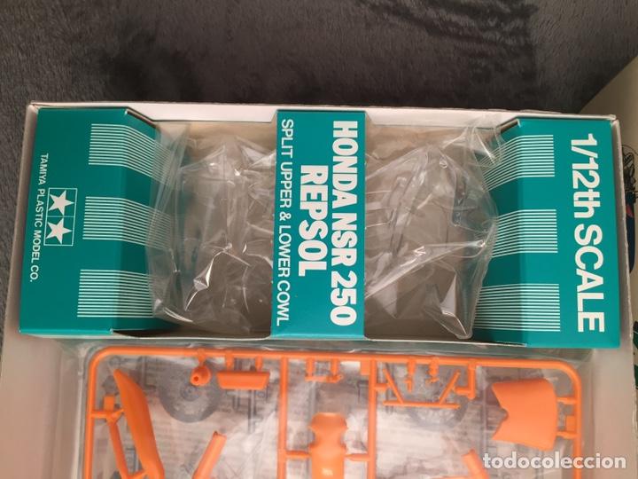 Maquetas: HONDA NSR 250 REPSOL (Cardus) 1:12 TAMIYA 14059 maqueta moto GP CARLOS CARDUS - Foto 3 - 221744646