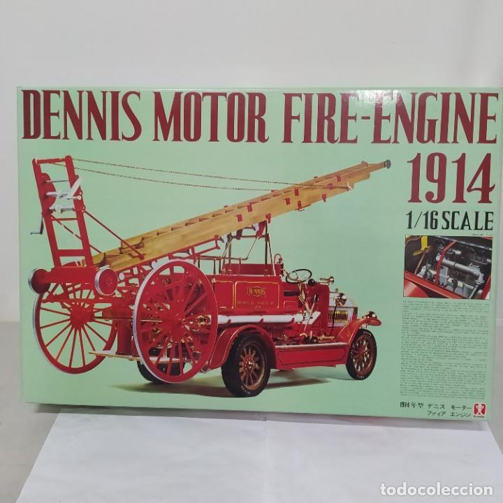 DENNIS MOTOR FIRE ENGINE 1914 ESCALA 1/16. BANDAI 1972. PRIMER MODELO. COMPLETO (Juguetes - Modelismo y Radiocontrol - Maquetas - Coches y Motos)