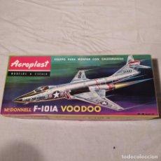 Maquetas: MCDONNELL F-101A VOODOO AEROPLAST. NUEVA Y COMPLETA. Lote 223999471