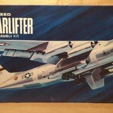 Maquetas: LOCKHEED C-141A STARFIGHTER AURORA 376-250 ESCALA 1/108. AÑO 1972. NUEVO. Lote 225059798