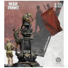Maquetas: SCALE75 SW35-049 # THE FLAG OVER BERLIN 3 FIGURES + SCENERY 1:35. Lote 225583266