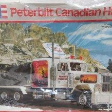 Maquetas: PETERBILT CANADIAN HAULER REVELL 1/25. NUEVO, TODAS LAS BOLSAS PRECINTADAS.. Lote 229175400