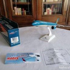 Maquetas: SKYMARKS 1/200 SKR830 AVIÓN A350 VIETNAM AIRLINES NUEVO. Lote 235190400