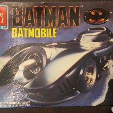 Maquetas: MAQUETA - BATMOVIL - BATMOBILE - BATMAN - AMT - ERTL - #6877 - 1989 - 1/25 MODEL KIT / MODELE REDUIT. Lote 235285990