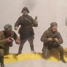 Maquetas: LOTE 7 SOLDADOS SOVIÉTICOS RUSOS 1/35 MONTADOS Y PINTADOS. Lote 235878845