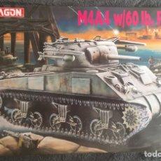 Maquetas: M4A4 SHERMAN W/60 LB. ROCKET 1:35 DRAGÓN 6041 MAQUETA CARRO TANQUE LANZACOHETES. Lote 236668175
