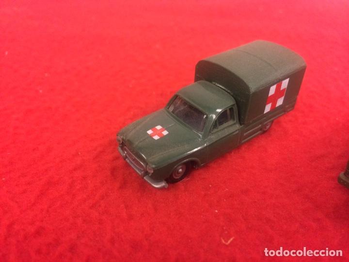 Maquetas: Un Mercedes , un w trasporter pintado y un pegueot de Rocco - Foto 4 - 236897365
