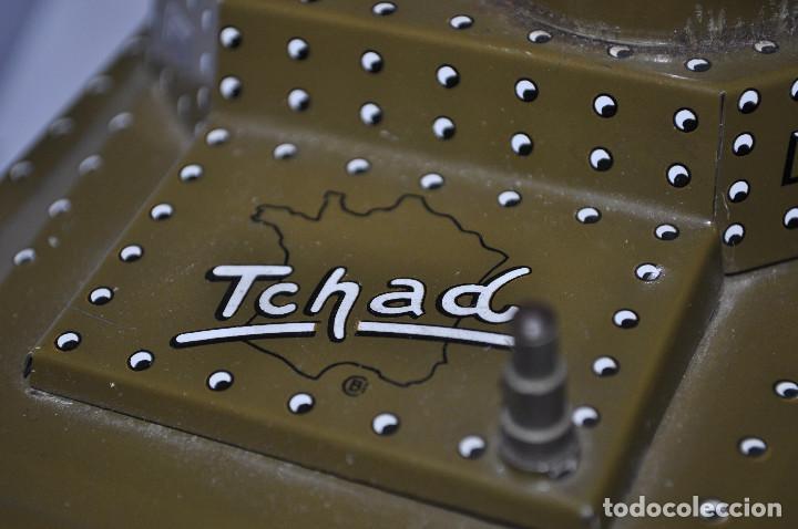 Maquetas: tanque de hojalata tchad, le falta la llave de la cuerda, y la otra pala del lado. muy buen estado. - Foto 4 - 241799375