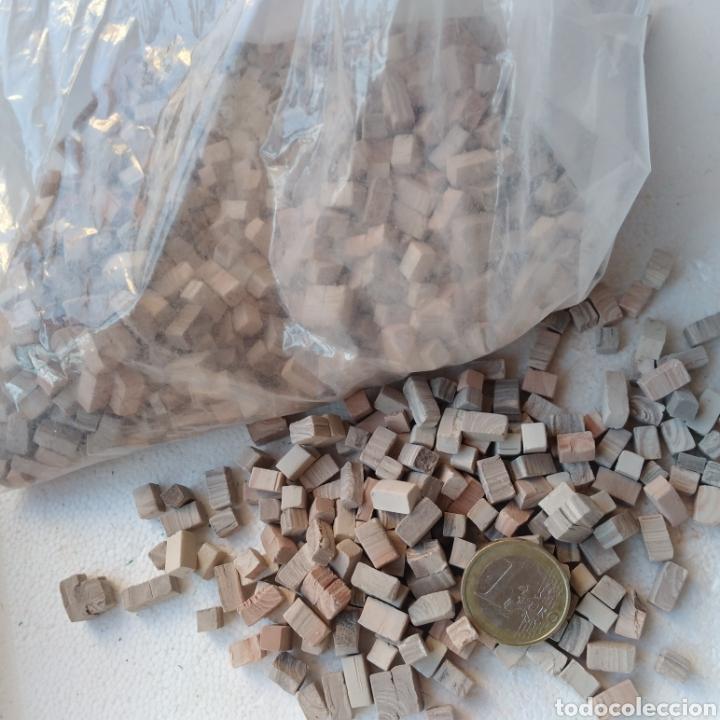 Maquetas: Lote + de 2 kg. tejas tochos accesorios maquetas casas rústicas iglesia vallas pozo arcadas suelos - Foto 5 - 242205415