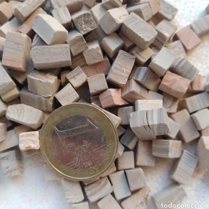 Maquetas: Lote + de 2 kg. tejas tochos accesorios maquetas casas rústicas iglesia vallas pozo arcadas suelos - Foto 4 - 242205415