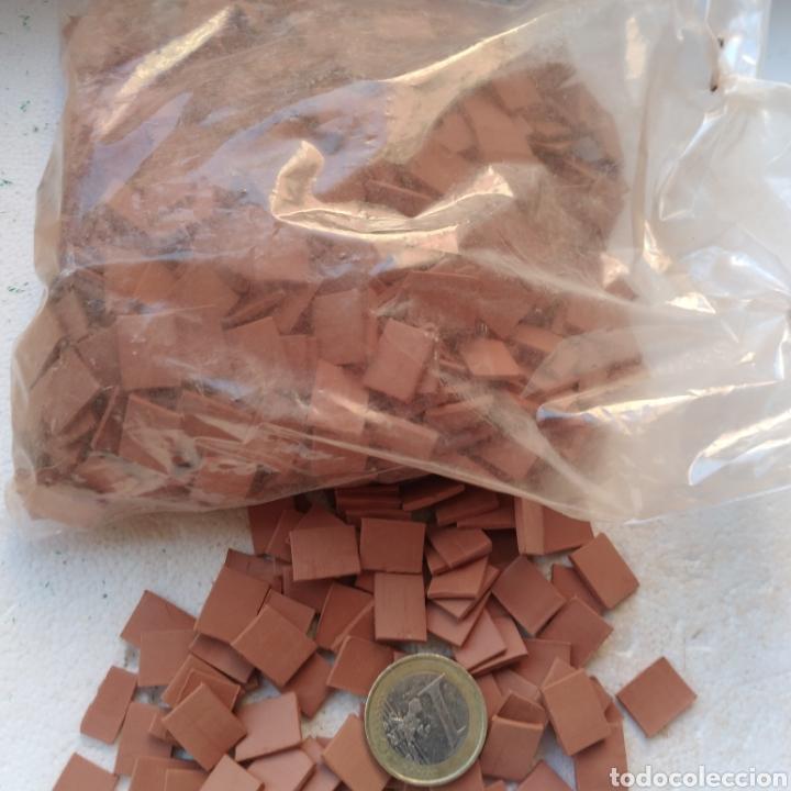 Maquetas: Lote + de 2 kg. tejas tochos accesorios maquetas casas rústicas iglesia vallas pozo arcadas suelos - Foto 7 - 242205415