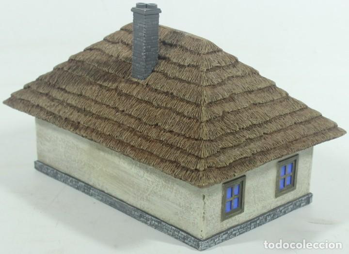 Maquetas: Maqueta casa de campo, en resina, escala aprox. 1/72, montada y pintada - Foto 2 - 245126940
