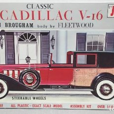 Maquetas: 1931 CLASSIC CADILLAC V16 TOWN BROUGHAM FLEETWOOD GOLD CUP SERIES 1/25 JO-HAN. NUEVO. Lote 245577125