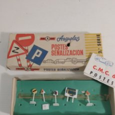 Maquetas: POSTES SEÑALIZACION MINI CARS ANGUPLAS. Lote 246897185