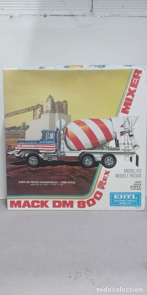MACK DM 800 REX ERTL MIXER 1/25 SCALE (Juguetes - Modelismo y Radiocontrol - Maquetas - Otras Maquetas)