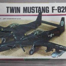 Maquetas: TWIN MUSTANG F-82G MONOGRAM1/72. Lote 261937000