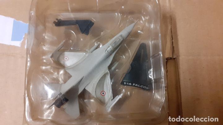 F 16 FIGHTING FALCON. AVIONES DEL PRADO (Juguetes - Modelismo y Radio Control - Maquetas - Aviones y Helicópteros)