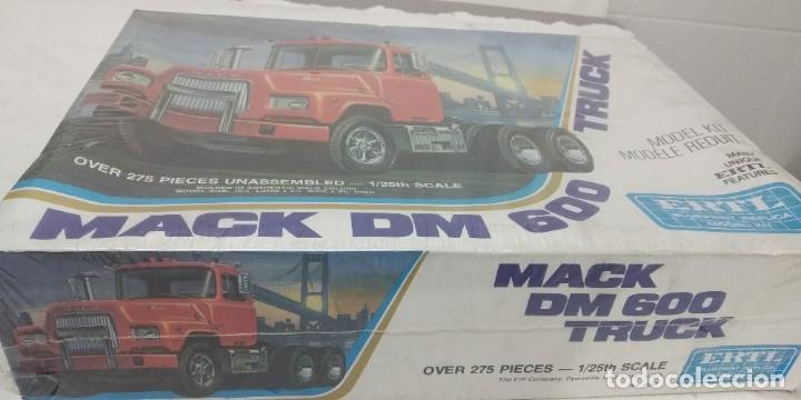 Maquetas: Mack Dm 600 Truck ERTL scale 1/25 - Foto 2 - 249544090