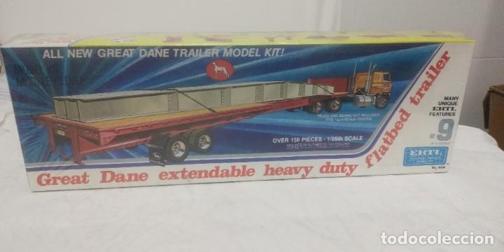 Maquetas: Great Dane extendable heavy duty flatbed Trailer ERTL 1/25 - Foto 2 - 288039468