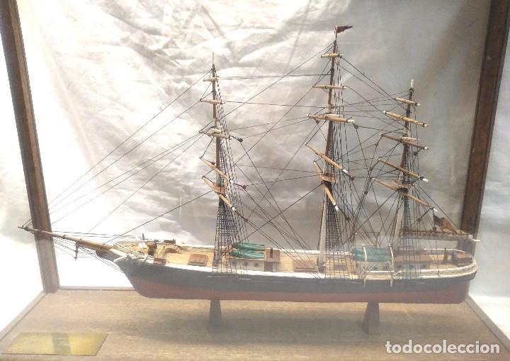 Maquetas: The American Clipper Flying Cloud año 1851 Maqueta Madera con Vitrina, buen estado siempre Urna. - Foto 2 - 251294965