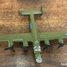 Macchiette: MAQUETA AVION II GUERRA MUNDIAL. CONSOLIDATED B-24 LIBERATOR ESTADOS UNIDOS. METALICO. Lote 253444585