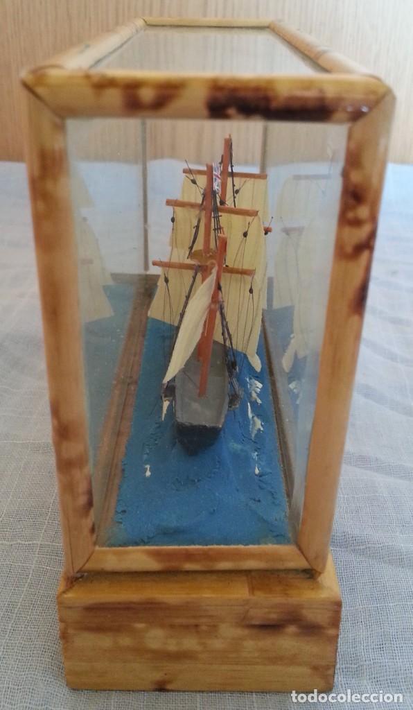 Maquetas: Barco. Pequeña maqueta en vitrina. - Foto 2 - 253633515