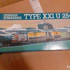 Maquetas: U 2540. GERMAN SUBMARINE TYPE XXI. REVELL 1/144. Lote 259986310