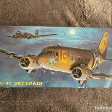 Maquettes: C-47 SKYTRAIN 1:200 HASEGAWA MAQUETA AVIÓN. Lote 261143545