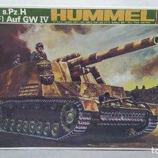 Maquetas: HUMMEL 150MM S.PZ.H 18/1 (SF) AUF GW IV ESCALA 1/30 BANDAI. NUEVO. Lote 275866543