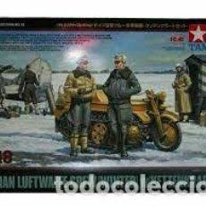 Maquetas: TAMIYA - LUFTWAFFE CREW WINTER & KETTENKRAFTRAD 1/48 32412. Lote 277040018