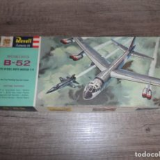 Maquetas: BOEING B-52 WITH IN SCALE NORTH AMERICAN X-15 1961. Lote 286151453