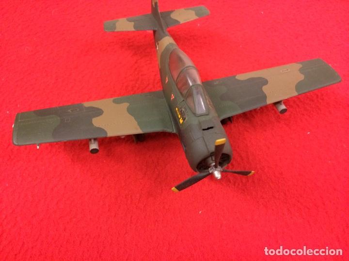 """NORTH AMERICAN T-28B """"TROJAN"""". USA (Juguetes - Modelismo y Radio Control - Maquetas - Aviones y Helicópteros)"""